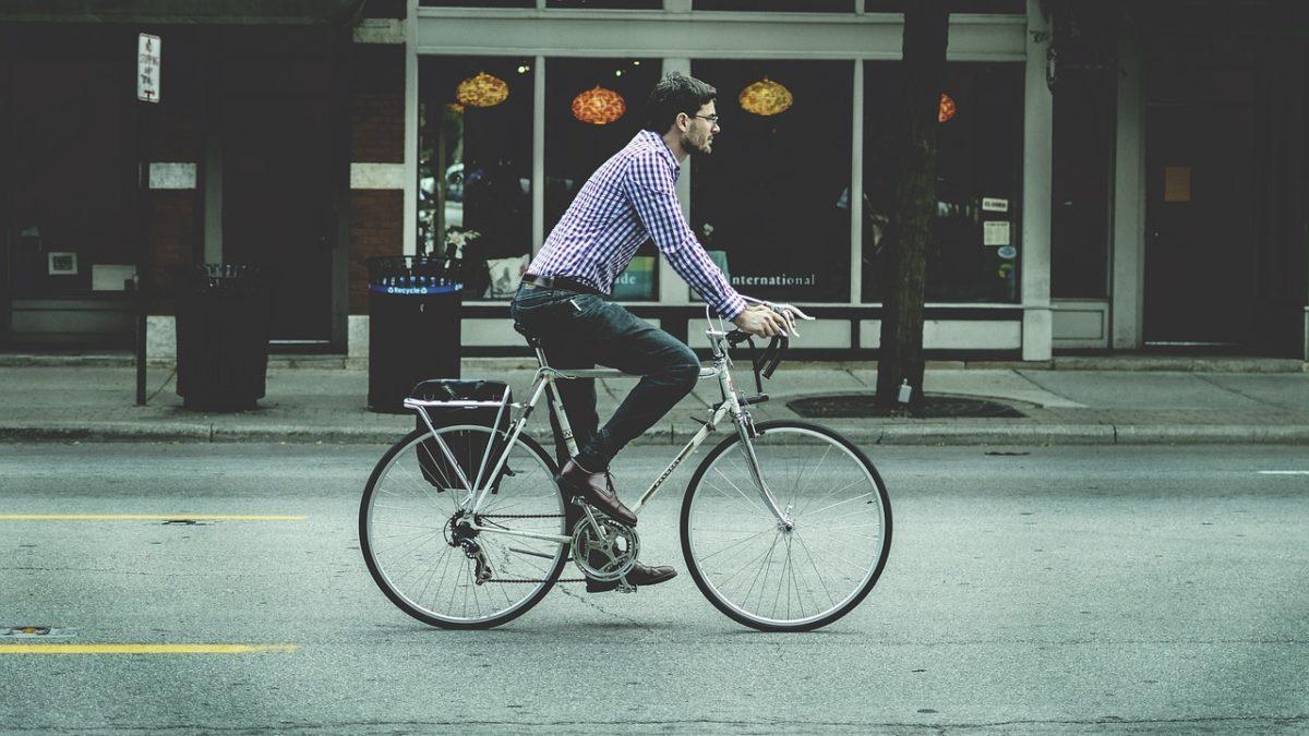 Velika Britanija ulaže 2 milijarde funti u biciklističku infrastrukturu i bicikliste