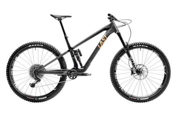 na tržište stigao novi bicikl tarvo iznimno lagan bicikl karbonska varijanta bicikla