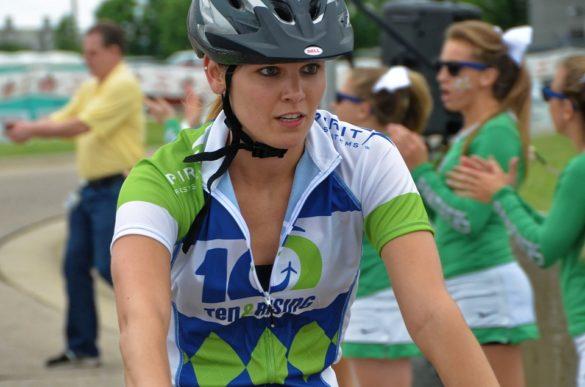 zašto je pametno nabaviti biciklističku majicu kako biciklistička majica pomaže u vožnji bicikla voziti bicikl majica odjeća za bicikliste