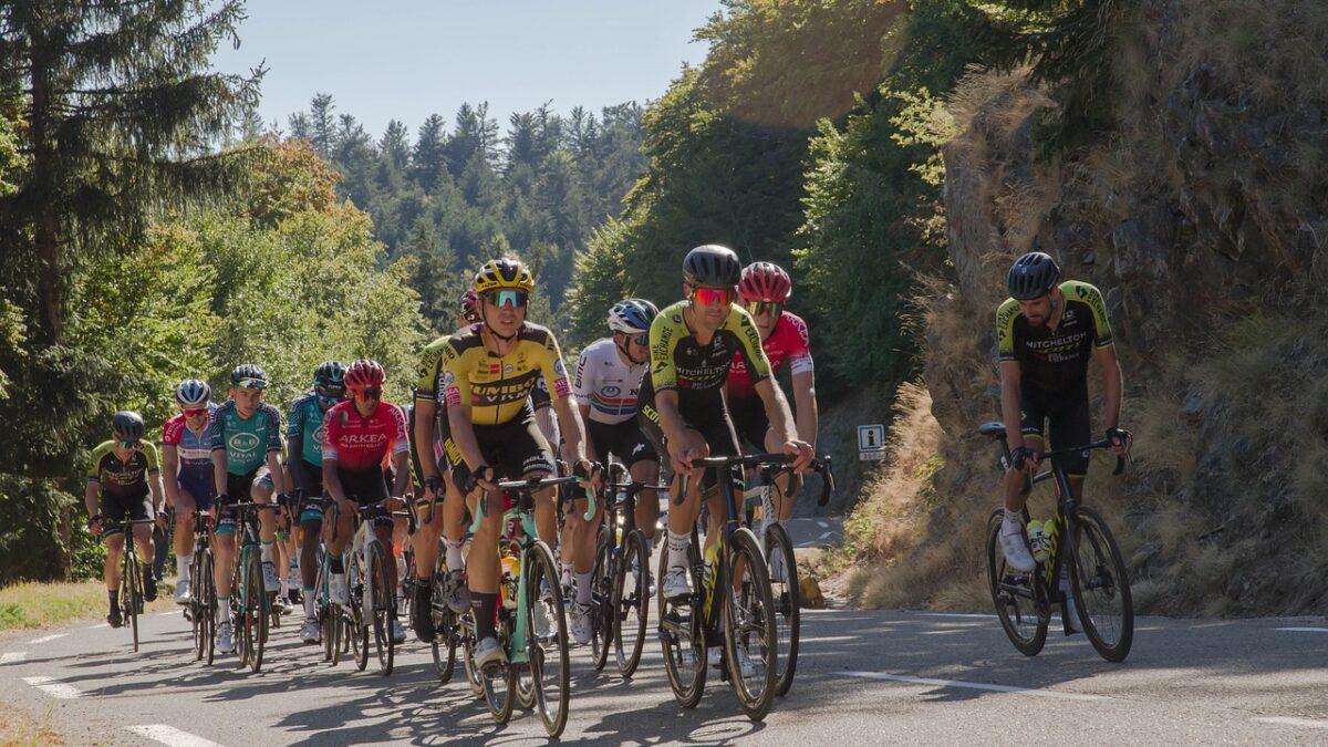 Slovenski dvojac i dalje vodeći: Roglič povećao prednost nad Pogačarom na Tour de France-u