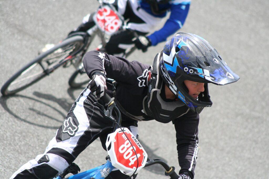 kaciga za bicikliste biciklistička kaciga kaciga bicikl voznja bicikla kaciga kacige bmx biciklisticke biciklisti hr