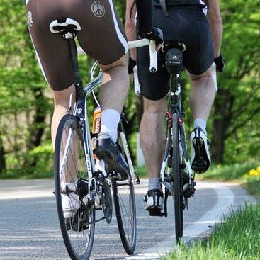 vožnja bicikla cikloturizam turisti na biciklima putovanje biciklom biciklističke priče vožnja bicikla